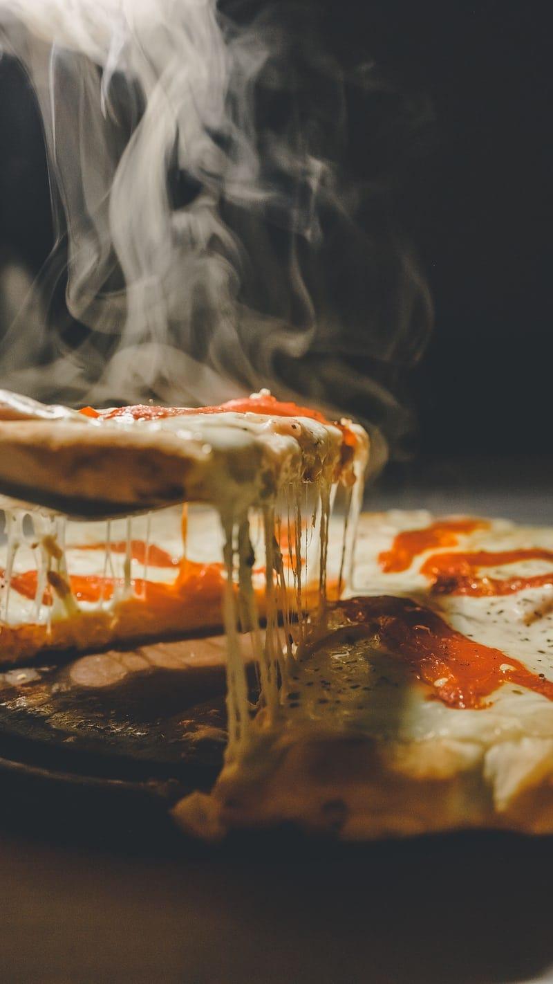 restaurant speisekarte mit pizza und pasta produkten
